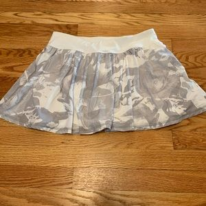 LUCY patterned tennis skirt